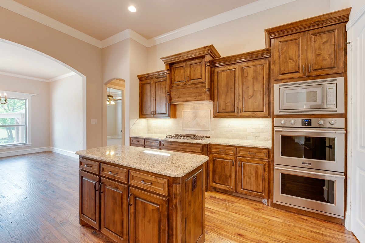 Olson custom homes kitchens gallery for Webs custom kitchen